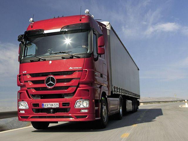 Schade experts transport